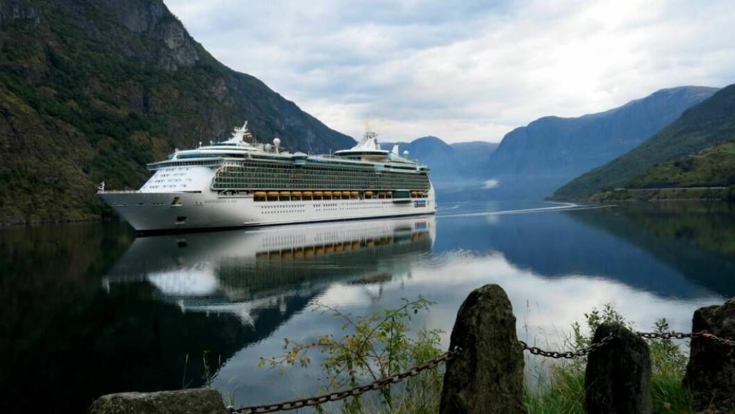 60 000 FLEIRE: Til saman 161 cruiseskip har frakta over 240.000 passasjerar til Flåm så langt i år, ein auke på over 60.000 personar frå 2015. Arkivfoto: Jan Christian Jerving.