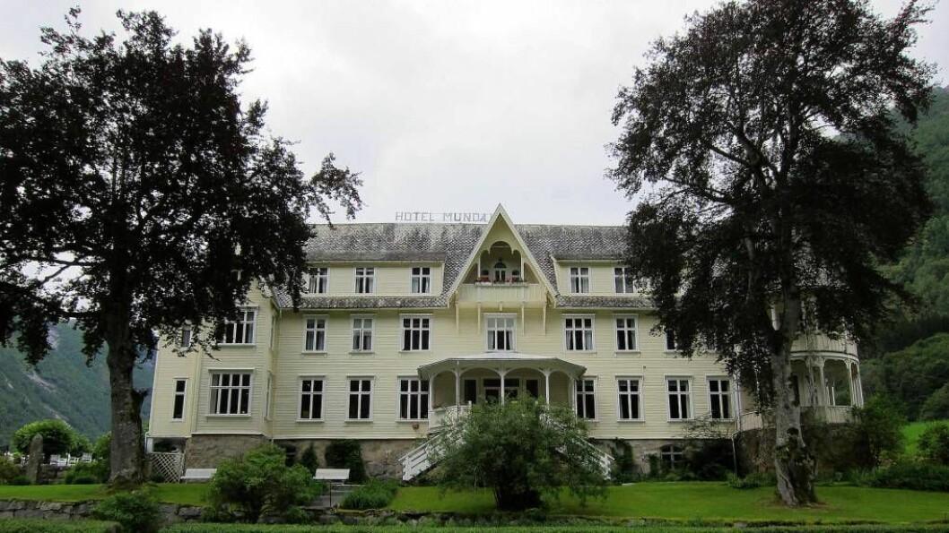 SOM SØKT, SÅ GJORT: Hotell Mundal slepp eigedomsskatt dersom politikarane i Sogndal kjem til same konklusjon som rådmannen i kommunen. Foto:Hotel MundalavBosc d'Anjoulisensiert underCC BY.
