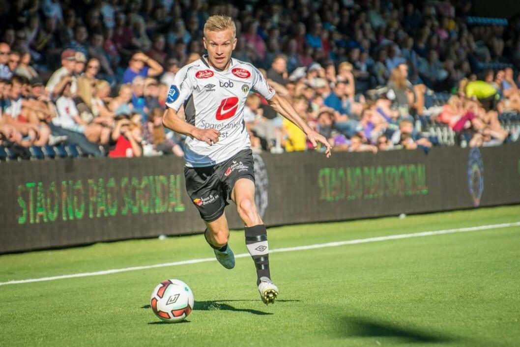 EFFEKTIVT: Taijo Teniste sine lange kast er som cornerar å rekna; mot Raufoss fekk estlendaren assist på 1-0-målet. Arkivfoto