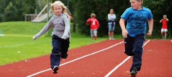 Borna leikar seg i form med Lærdal friidrett