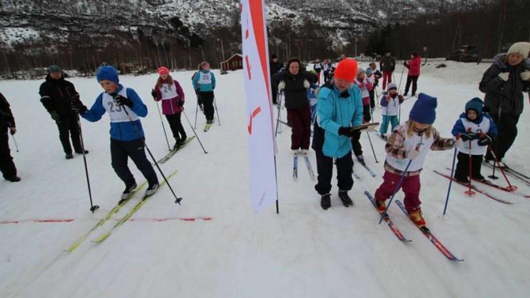 UTSTYR: Søndag inviterer skigruppa i Lærdal IL til sals- og byttedag av alt av vintersportsutstyr. Foto: Jan Christian Jerving.