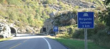 To køyretøy med stans, Borgundstunnelen stengd