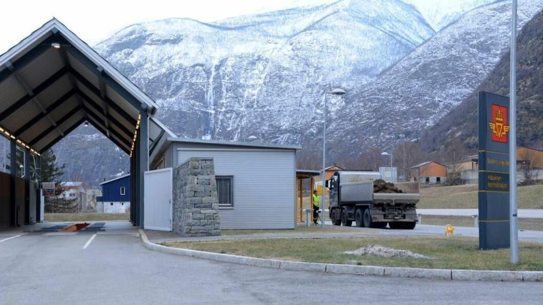 KVILTE FOR LITE: Ein sjåfør av eit norsk vogntog vart meld til politiet for grove brot på køyre- og kviletida. Foto: Ina Eirin Eliassen.