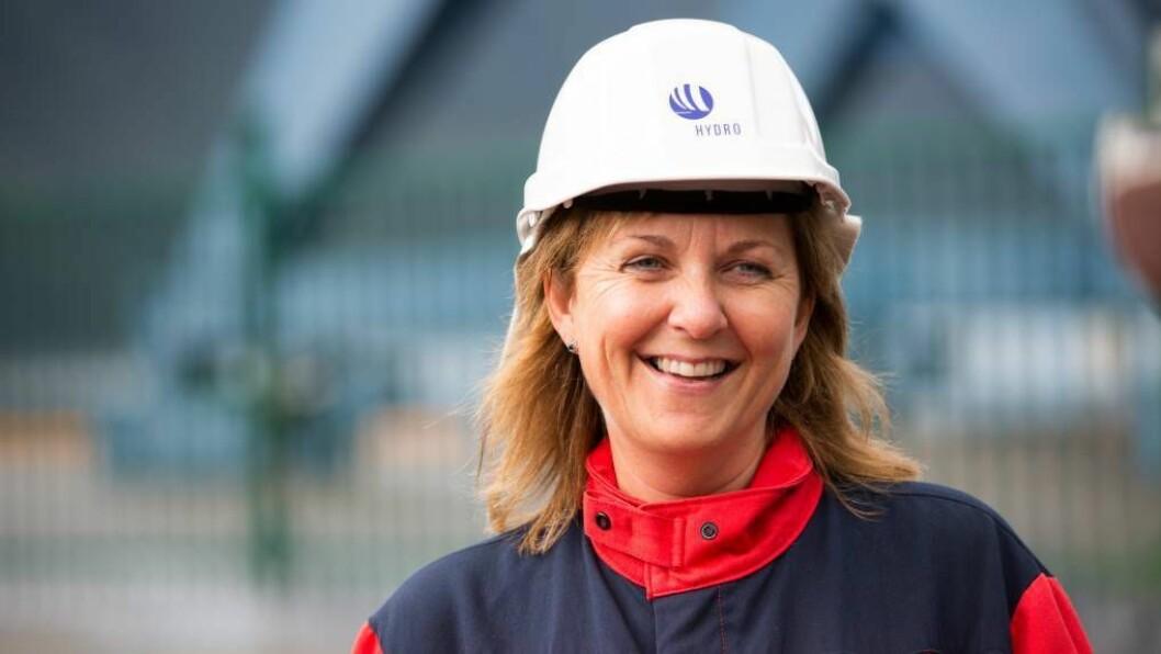 INVESTERING: Hydro har beslutta åinvestere i ny likerettar foråsikre straumforsyninga til aluminiumsverket iÅrdal.Foto: Norsk Hydro.