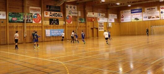 Fotball-fest i Årdalshallen