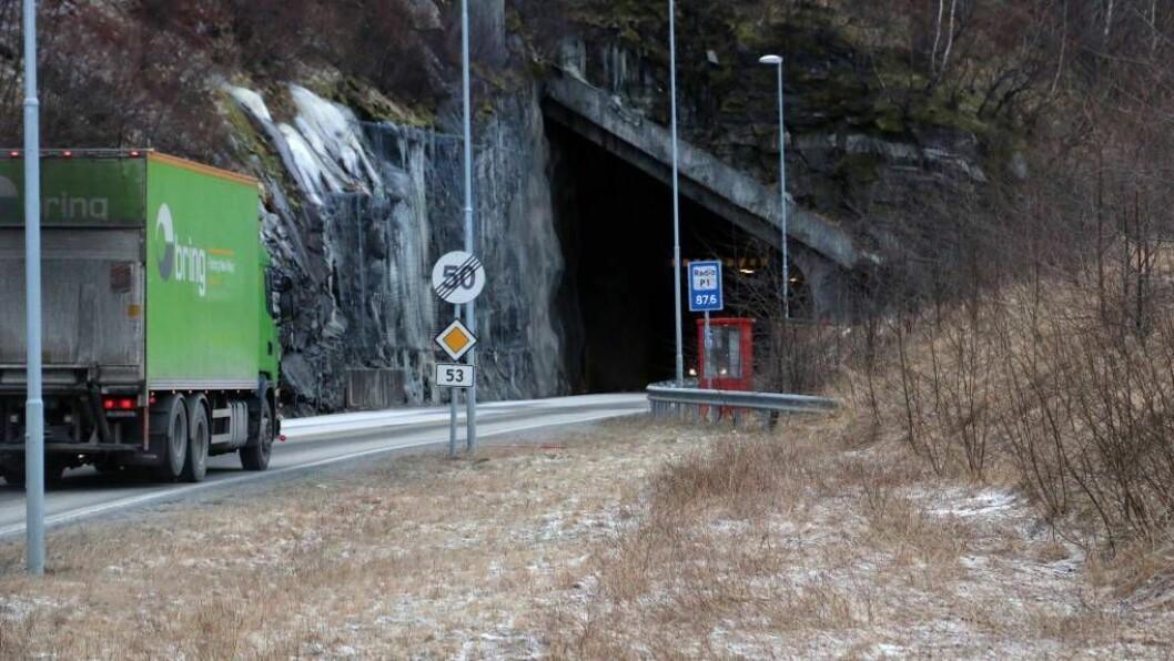 DAB-DEKNING:Omtrent alle tunnelar som hadde FM-nett er no utstyra med DAB-sendarar. I tillegg har fleire tunnelar som ikkje hadde FM-nett fått DAB-formidling.Foto: Truls Grane Sylvarnes.