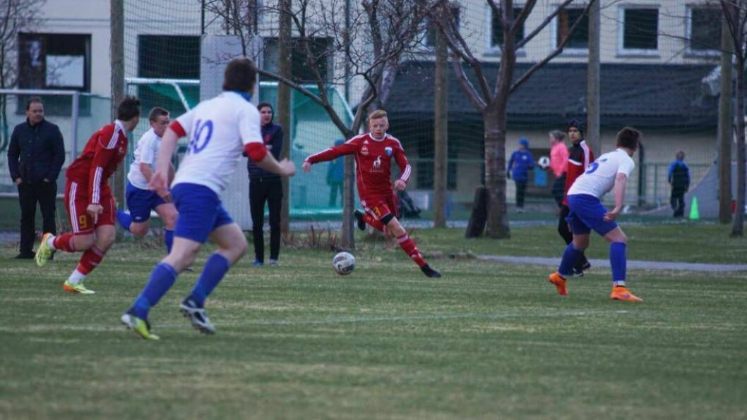 UAVGJORT: Stillinga stod 0-0 dåÅrdal2/Jotun/Årdalstangenmøtte Fure på Cuba stadion. Foto: Arkiv.