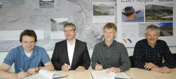 Signerte kontrakt om bygging av Øye-Eidsbru