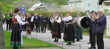 Sjå glimt frå 17. mai-feiring i Lærdal