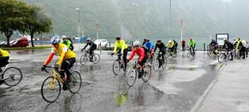 Syklistar er altfor forfengelege til å bruka hjelm