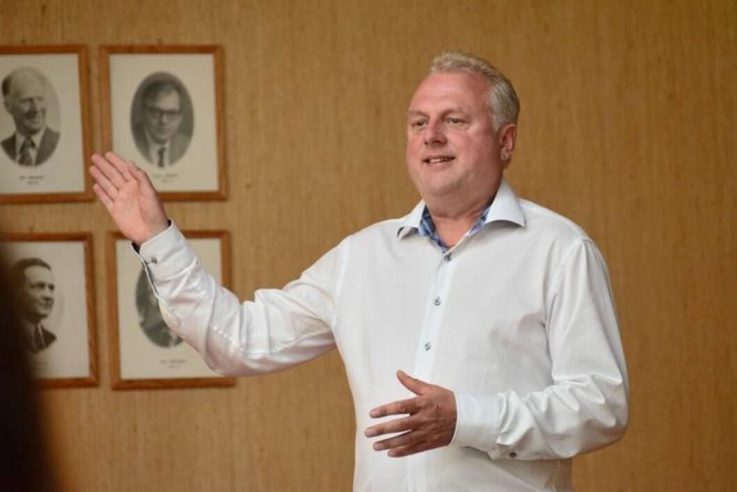 NØGD: Ordførar Jan Geir Solheim ser endeleg ut til å kunne nå målet om å unngå import av stein til Lærdal. Arkivfoto