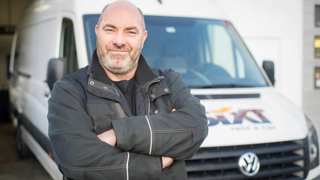 IKKJE MOTSTANDAR: John Ertesvåg har ikkje noko imot at rånarane bruker parkeringsplassen, så lenge dei oppfører seg.