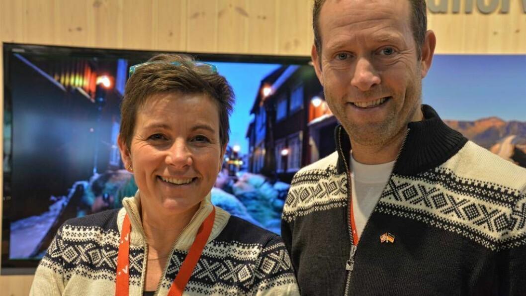 – EI ÆRE: Franka og Paul Fransen seier det er ei ære å få delta på verdas største matmesse i Berlin. Foto: Ragna Kronstad.