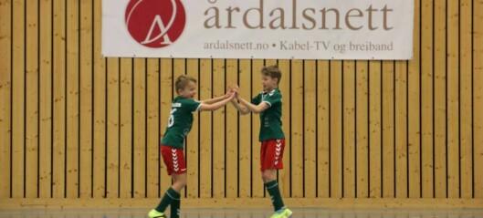 Porten.no sender KM i futsal frå Årdalshallen