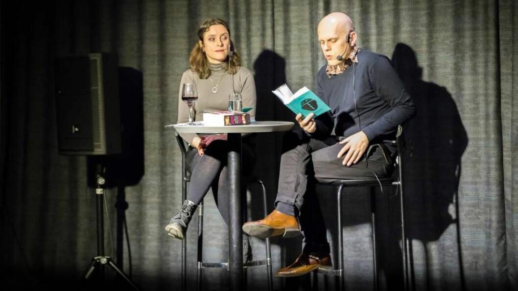 FRANKENKVELD: Ei nynorsk omsetjing av ein gamal klassikar var temaet for bokkvelden på Kulturhuset i Sogndal. Foto: Øyvind Nondal.
