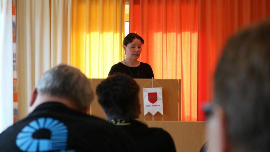 BUSET 15: Sandra Opheim (MDG) og resten av kommunestyret sa samrøystes ja til å busetja 15 flyktningar i 2017 i tillegg til familiesameining. Foto: Truls Grane Sylvarnes.