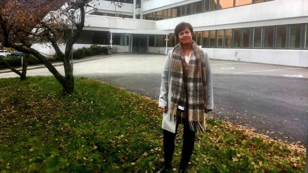 STADLEG LEIAR: Margun Thue gir seg som stadleg leiar på Lærdal sjukehus No begynner ho i ny jobb i hovudstaden. Foto: Helse Førde