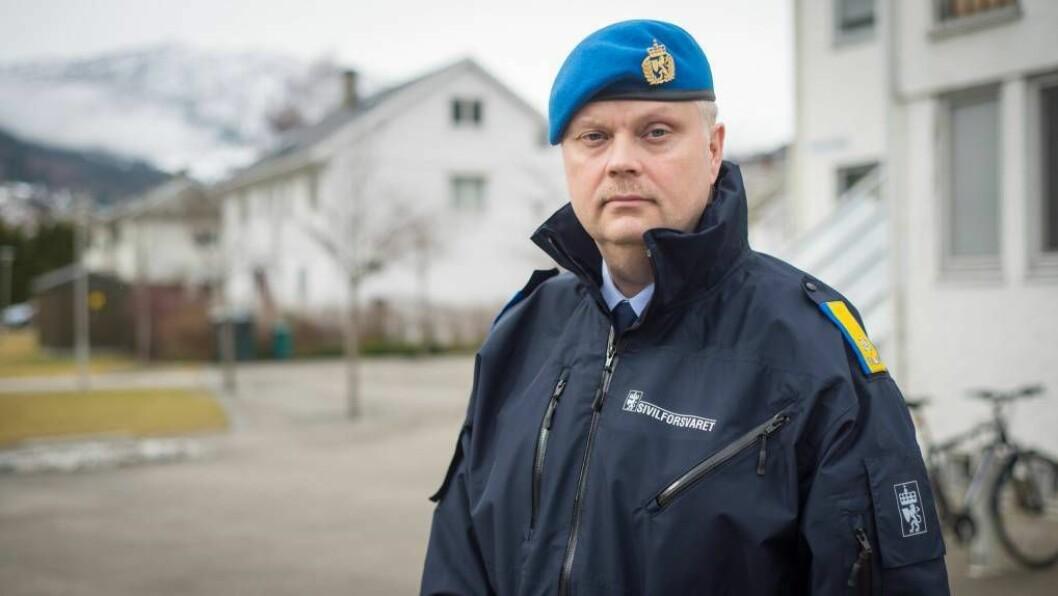 UROA: Kutt i DSB vil òg få følgjer for Sivilforsvaret, som for tida gjennomgår ei omfattande reorganisering. Den lokale distriktssjefStein Morten Rønningen i Sivilforsvaret er uroa. Foto: arkiv.