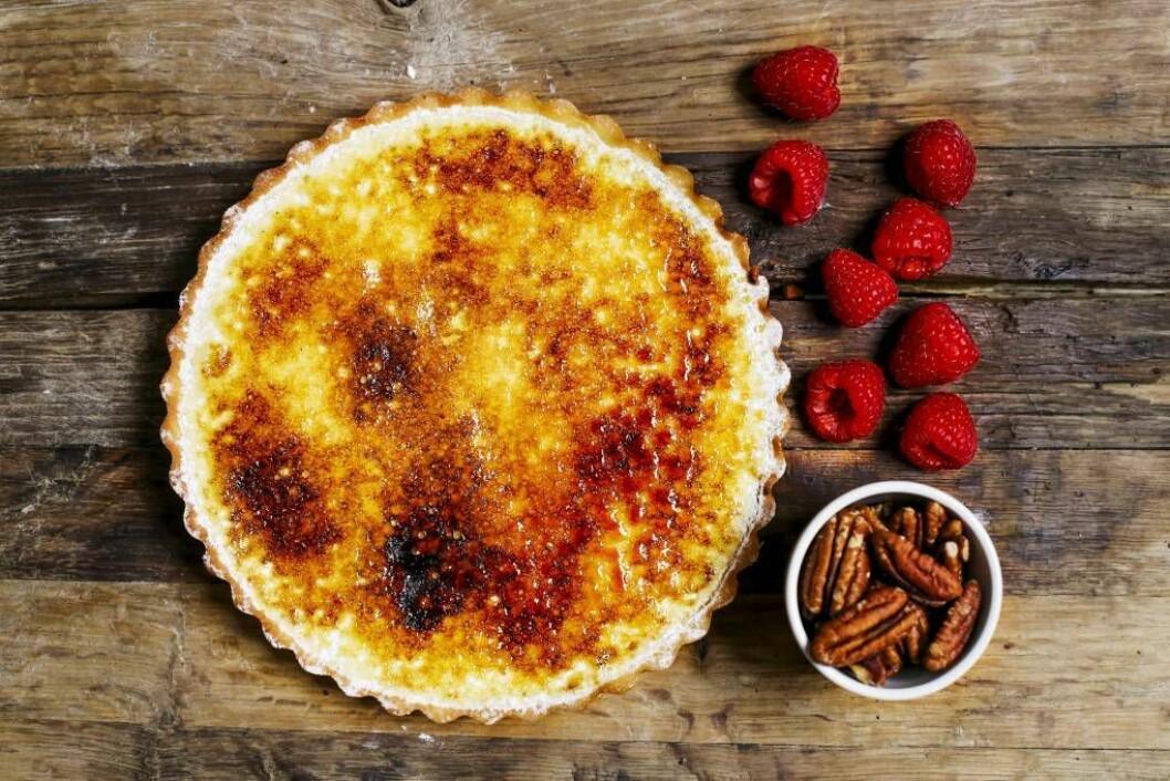 SITRONDRAUM: Har du fire økologiske sitronar for handa, er ikkje denne kaka langt unna. Foto: Carl Martin Nordby.