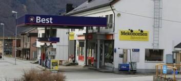 Slit med å få tak i mekanikar – vurderer å selja bilverkstaden i Årdal