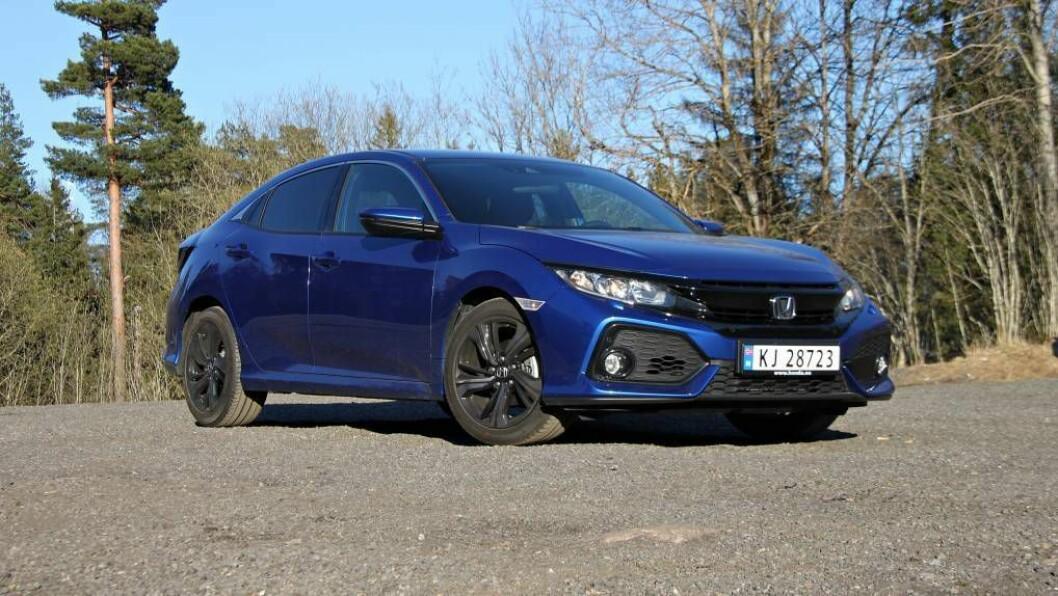 SKARP I KANTANE: Honda har gjeve den nye Civic-modellen ein langt meir utfordrande utsjånad enn den 'glattare» versjonen han erstattar. FOTO: Morten Abrahamsen / NTB tema.