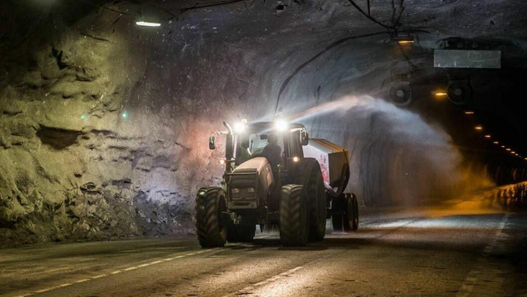 HEFTIG OPPGRADERING: Tunnelane i Aurland er i ferd med å bli oppgraderte, noko som fører til hyppige steningar. Foto: arkiv/Silje Drevdal, Statens vegvesen, Region vest.