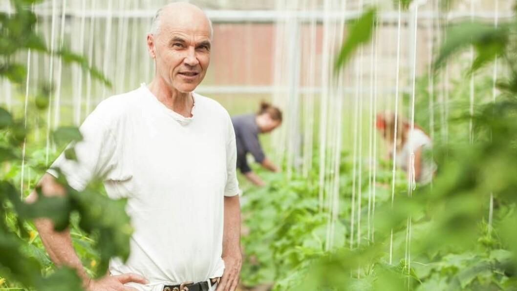 TEIKN I TIDA: Rektor Aksel Hugo meiner økologisk landbruk må vise veg for framtidas landbruk. Foto: Sogn Jord- og Hagebruksskule
