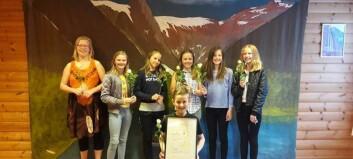 Ungdommar frå Fjærland ungdomlag har mykje kunnskap