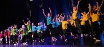 Til sjølvlaga koreografi leverte barna eit forrykande danseshow