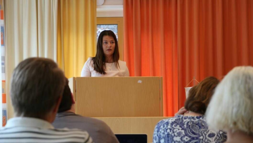 FEKK FLEIRTAL: Marie Helene Hollevik Brandsdal (Ap) fekk fleirtal for framlegget sitt om å auke ramma til Farnes skule med 350.000 kroner med ti mot ni røyster. Foto: Truls Grane Sylvarnes.