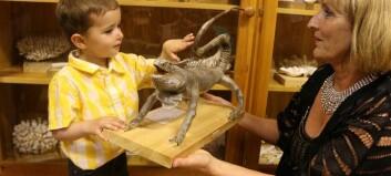 Frederik fekk sjå dyreutstillinga som går ei uviss framtid i møte