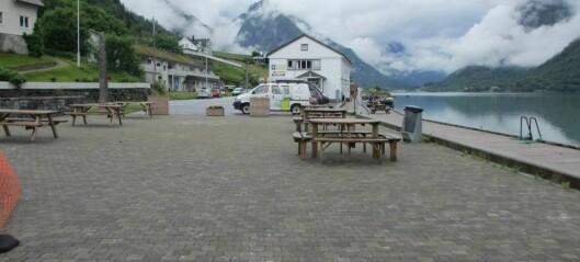 Laurdag opnar gjestehamna og Mundal sentrum