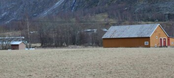 Fylkesmannen stør kommunen i delingssaka i Lærdal