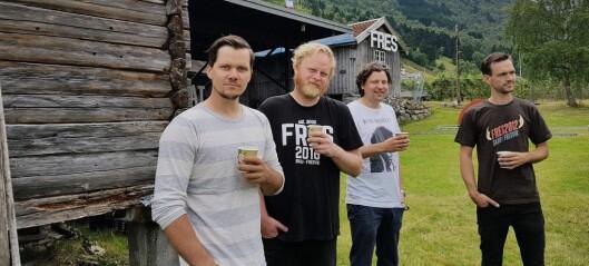 Systrendingane og lærdølen som skapte festival på hi sida av fjorden