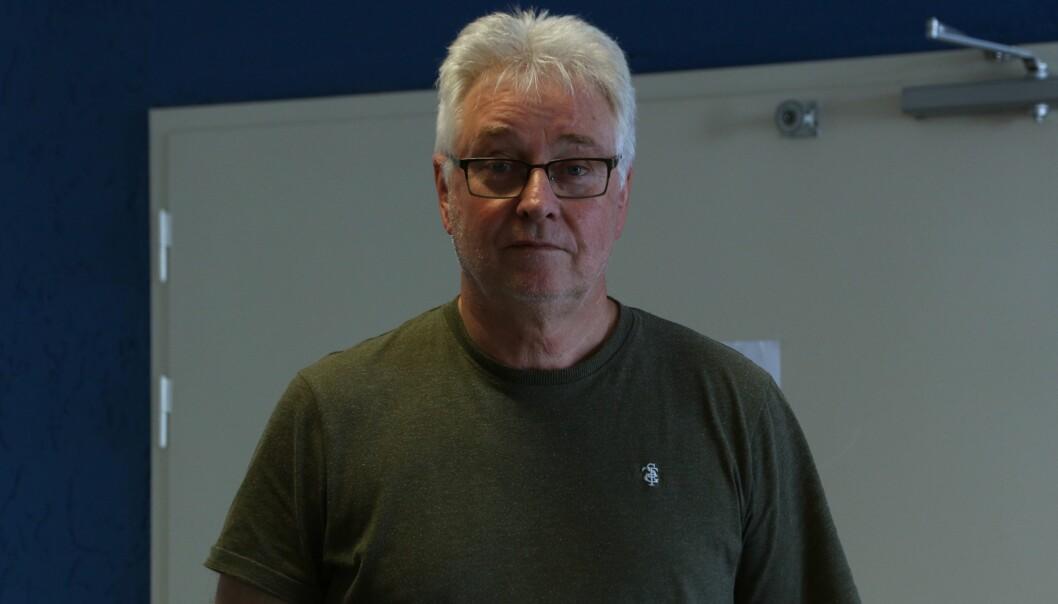 FRISK LUFT: I desse pågår arbeidet med å skifte ventilasjonsanlegget på Tangen skule. Etter å ha venta i fleire år, er dette noko rektor Jan Kåre Stedje har sett fram til lenge.