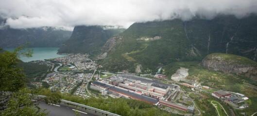 Har forska på korleis dialekta har utvikla seg på industristaden Årdal: – Det er noko spesielt med Årdal