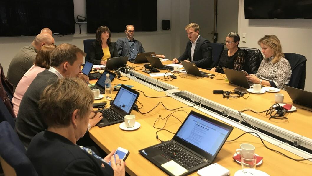 DYR BILLEGLØYSING: Politikarane i fylkesutvalet lytta til tilrådinga frå både fylkesrådmann Tore Eriksen og Statens vegvesen.