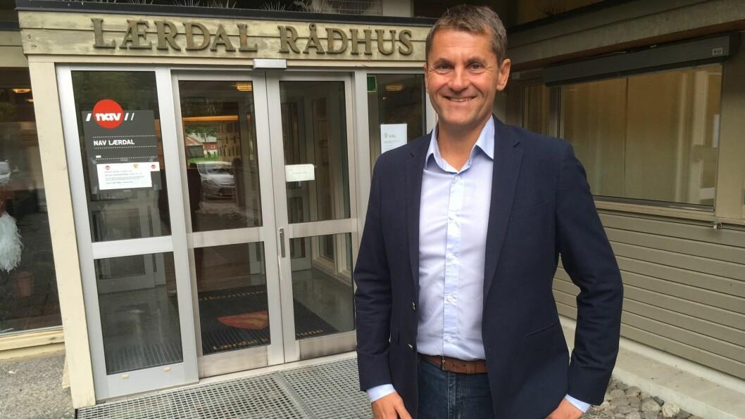 RÅDMANN: Arne Johansen har sidan i sommar, vore konstituert rådmann i Lærdal kommune. Torsdag røysta eit samd kommunestyre at dei ønskja å tilsetta han som rådmann.