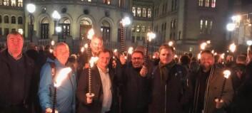 150 ordførarar demonstrerte framom stortinget mot regjeringa sitt planlagte skattekutt