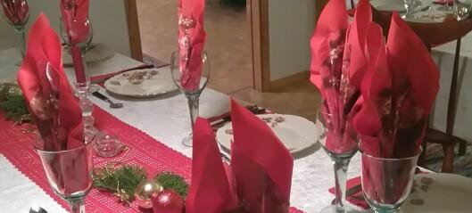 Feira julaftan saman med andre