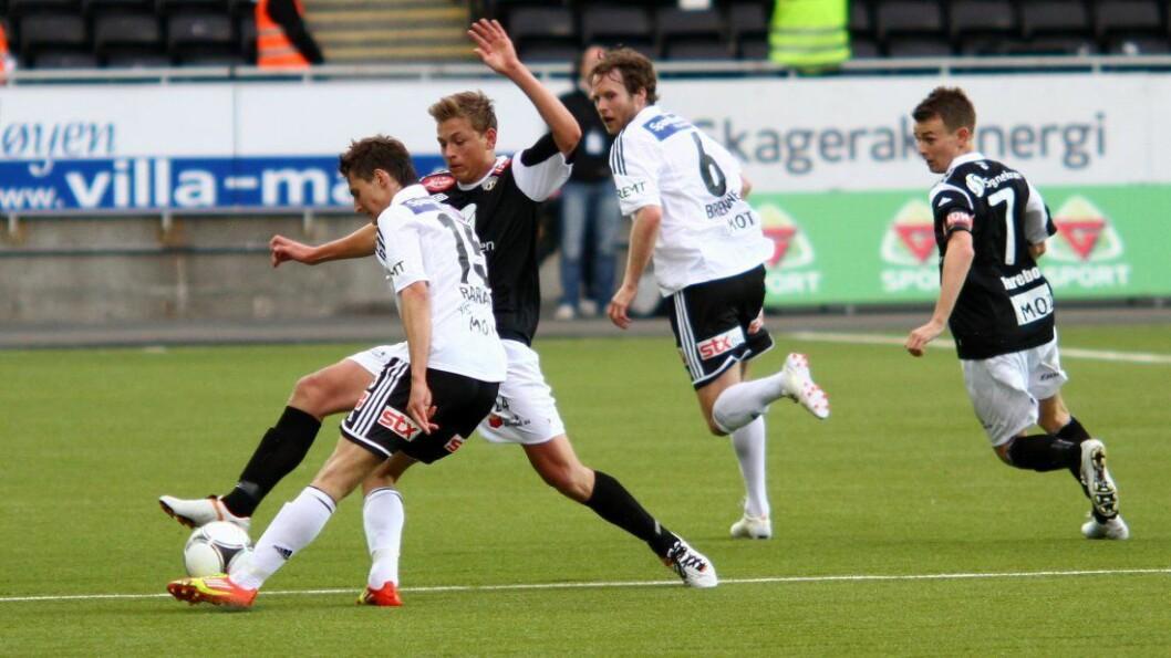 SPANANDE KAMP: Det er duka for spaning då Sogndal møter Mjøndalen laurdag ettermiddag
