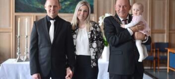 Ordføraren i Sogndal vigde sitt første ektepar