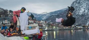 Sjå bileta: Fjellsportfestivalen vart opna med eit plask
