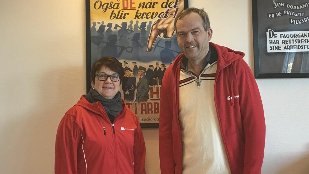 IKKJE OVER: Anne Kristin Førde, leiar i LO sitt familie og likestillingsutval og Nils Petter Støyva, distriktssekretær i LO, meiner kvinnekampen må halda fram enno ei stund.