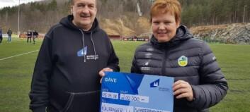 Kaupanger IL fekk 200.000 kroner til damefotballen