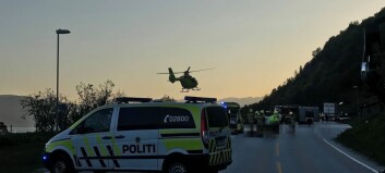 Politiet: – Lastebilføraren er fysisk uskadd, men prega