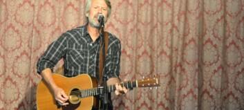 Amerikansk rockestjerne hadde eksklusiv konsert på Skjolden: – Eg elskar Noreg