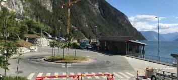 Anleggsarbeidet på Mannheller ferjekai er i gong