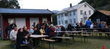 Nasjonalparkfestivalen opna på Svalheim gard - Sjå bileta