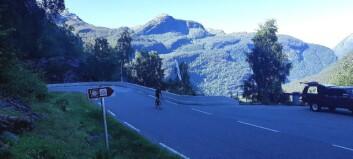 Jotunheimen rundt - dei fyrste syklistane nærmar seg Sogndal